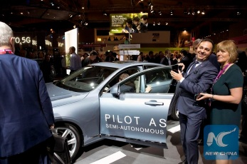 Swedish company Eriksoon presented at the MWC, its Pilot Assist 2, a semi-autonomous drive feature that will permit people to drive without touching any car control. The Mobile World Congress (MWC), the most important mobile communication event in the world, opened its doors in Barcelona the past monday. Barcelona, February 23rd 2016. (Xinhua/Lino De Vallier)
