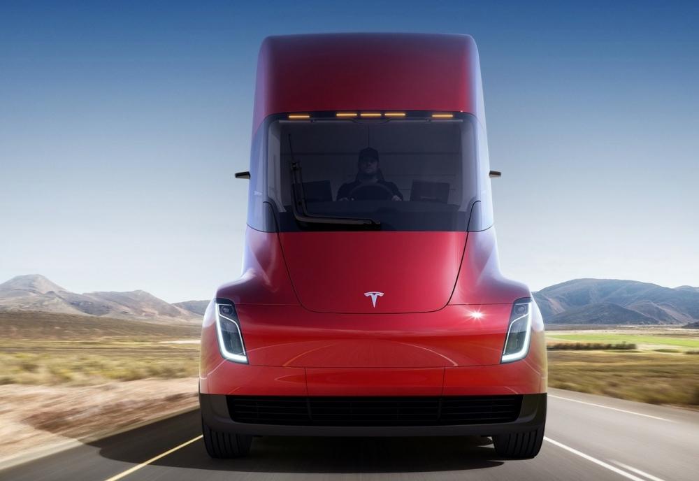 Tesla Semi 4